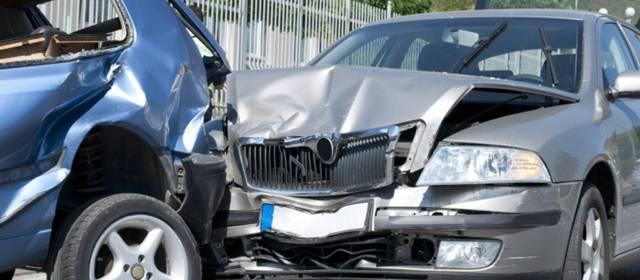 Abogados de Accidentes y Choques de Autos y Carros en Cudahy Ca.