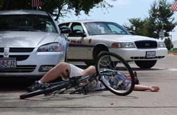 Consulta Gratuita con los Mejores Abogados de Accidentes de Bicicleta Cercas de Mí en Cudahy California