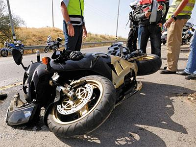 Consulta Gratuita en Español con Abogados de Accidentes de Moto en Cudahy California